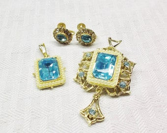 40s 50s Vintage Vargas Jewelry Parure in Presentation Box Aqua Pendant Brooch and Earrings