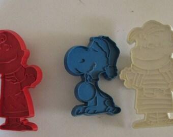 Three Vintage Peanuts Cookie Cutters Snoopy Linus Charlie Brown