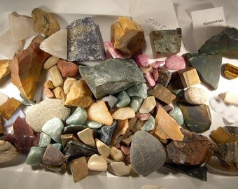 SALE ** Raw natural rocks for tumbling, for jewelry collection display, lapidary, for polish rock gem