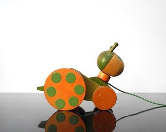 Wooden Grasshopper / Pull Toy / Vintage