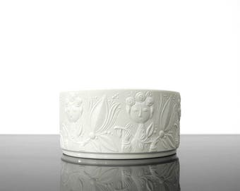 Björn Wiinblad bowl / Bisque porcelainRosenthal / Germany / Mid Century