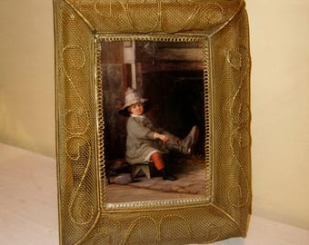 Filigree Mesh Picture Frame Gold Metal Glass Easel Back Vintage