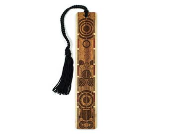 Pendulums Engraved Wooden Bookmark with Tassel - Sapele Wood