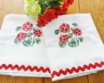 Red Pillowcases, Geranium Pillowcases, NOS Pillowcases, Never Used,  Pequot Pillowcases, Flower Pillowcases