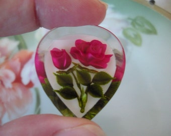 Vintage REVERSE CARVED Roses Flowers Clear Lucite Brooch Pin White Backing Beautiful Condition Estate Jewelry