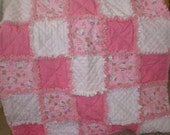 Hello Kitty baby girl rag quilt