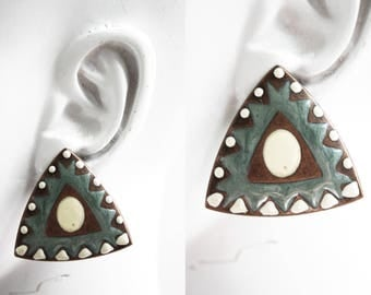 Vintage Southwest Inspired Lightweight Pierced Earrings