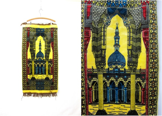 Vintage Taj Mahal Temple Tapestry Retro Kitschy Felt Fringed Wall Hanging Picture Hipster Yellow and Blue Home Decor