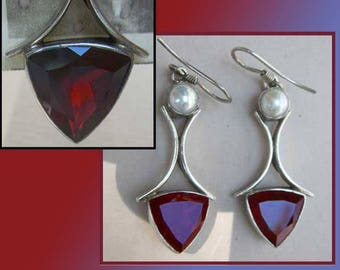 Gorgeous GARNETS….and Pearls,Lovely Sterling Silver Dangle Earrings with Stunning Deep Crimson Stones,Vintage Jewelry,Women