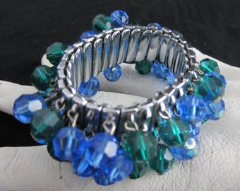 Bracelet Iridescent Blue and Green Glass Expandable Vintage 1950's