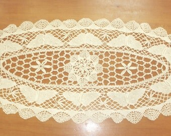 "Vintage bobbin lace doily 30"" by 12"" butterflies off white"