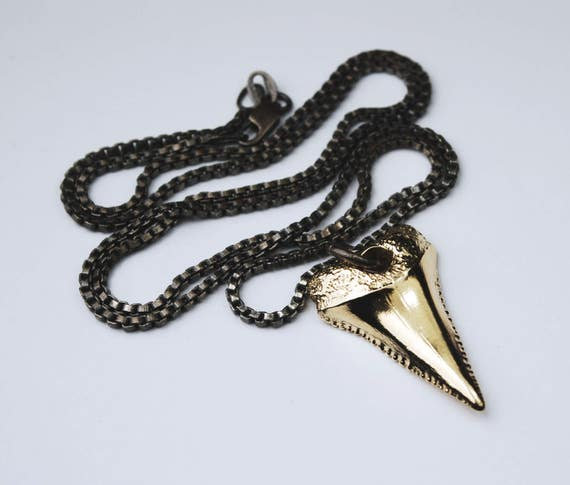 Sublime Gold & Sterling Silver Shark Tooth Necklace