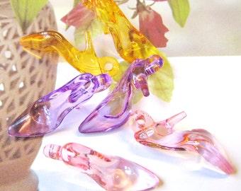 12 pcs Assorted high heeled sandal charms/pendant