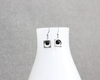 boucles d'oreilles argent, bijoux mode, noires, pearl earring,mode jewelry, earrings,gift, bal, perle, silver, round, cercle