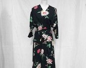 RESERVED Sale 40s Dressing Robe Size Small Medium Black Floral Robe Textron Wwii