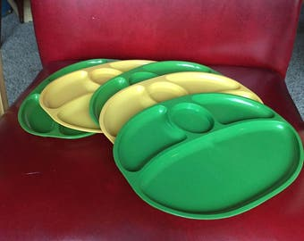 Vintage Stacking Plates, Set of 5 Camping Dishes - Green & Yellow
