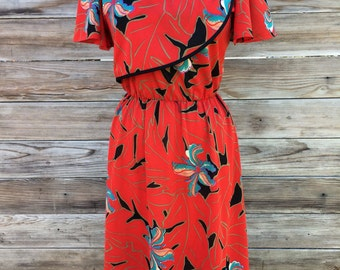 1980's red floral print dress woth flutter sleeves SMALL/MEDIUM