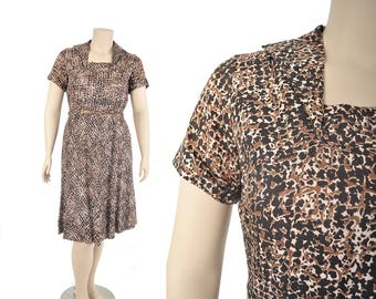 """50s brown and black print rayon dress / abstract speckled dress  / 1950s dress .. 35"""" waist"""