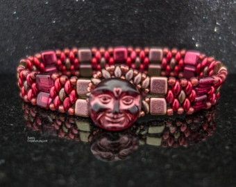 Red Moon Rising Beadwoven Bracelet, Czech Glass Moon Face Button Close Tile and Superduo Beaded Bracelet