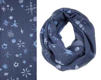 Snowflake Infinity Scarf - Hand Printed Sweatshirt Fleece Circle Scarf in Heather Navy Blue and White Q