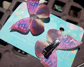 1 Pair Perfectly Pink Moth Clips