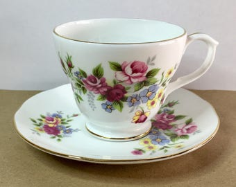 Duchess Bone China, Pink Flower Tea Cup and Saucer, Rose Tea Cup, Flower Tea Cup and Saucer Set, Flower Bouquet Tea Cup, Cottage Chic Tea
