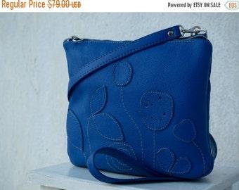 SALE Messenger, women crossbody purse, everyday bag, blue leather messenger bag, womens leather messenger, spring fashio ns   christmas