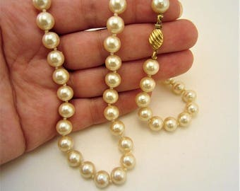 Pearl necklace, pearl earring set. Pearl drop earrings. Vintage pearl set. Gold. Knotted pearl necklace. Marvella pearls. Gift for her.