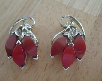 Vintage costume jewelry thermoset clip on earrings