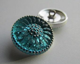 Aqua Green Czech Glass Daisy Button, 18mm Czech Glass Button, 18mm Button, Daisy Button, Czech Glass Daisy, Czech Buttons,