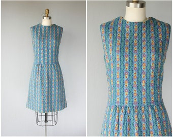 1960s Dress | 60s Dress | 1960s Folk Print Dress | 60s Day Dress | 1960s Shift Dress | 60s Quilted Shift Dress