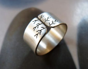 Sycamore tree ring, silver ring, wide band, metalwork handmade, graduation gift, gift for mother, unisex, 40th birthday, 50 birthday gift
