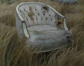 Old Antique Tufted Chair Bergere // California Barn Find // Louis XV Style // French Provincial // Heavy Wear