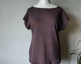 Silk top blouse jersey tshirt hand dyed earthy plum purple minimalist style boho womens clothing sustainable clothes eco raw slow fashion
