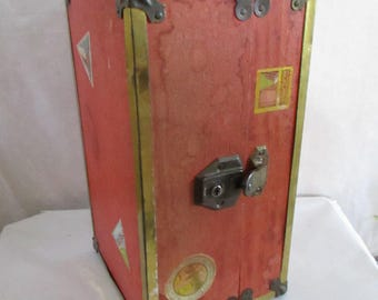 Doll Steamer Trunk with KEY