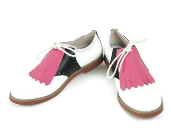 Golf Shoe Kilties, Pink Kiltie, Gifts for Golfers, 1940s Fashion, Swing Dance Shoes, Shoe Decorations, Shoe Accessories, Golf Gifts