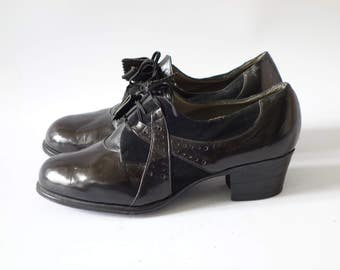 Dr Deny's brogues | Black leather oxford heels | 1930's by Cubevintage | size 4uk