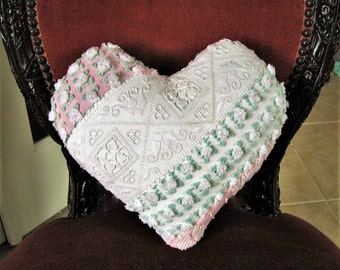 Sweet Petite Vintage Chenille Heart Valentine Pillow - Rosebuds and Lace