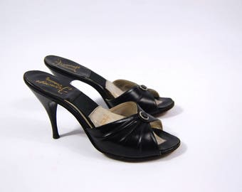 Late 1950s Black Springolators - Size 6.5N // Ferncraft Exclusives // Black Leather // Stilettos  size 6 1/2