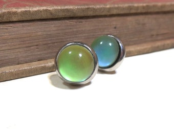 Mood Stone Stud Post Earrings - Antiqued Silver bezel Settings - 10mm - Color Changing - Mood Stone