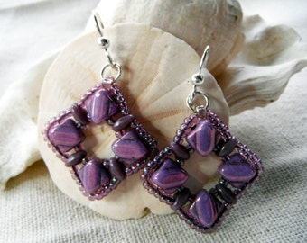 Purple Silky Bead Peephole earrings, lilac, mauve, lavender