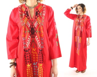 Vintage 70s Caftan Dress Hand Embroidered Red Tunic Long Sleeve Maxi Hippie Boho Festival Fashion Bohemian 1970s Medium M