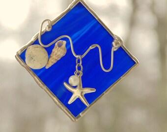Starfish suncatcher, stained glass bright blue, seashells mini art, suncatcher ornament gift under 20, nautical ocean beach decoration