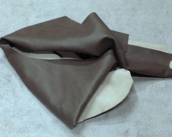 CLFE177.  Olive Gray Leather Cowhide Remnants