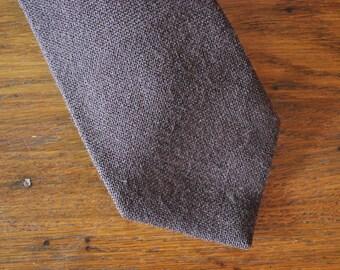 Minimalist chocolate brown tie vintage 80s 1980s