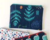 botanical zipper pouch, fern makeup organizer, plant zipper pouch, toiletry bag for women gift under 20, navy makeup pouch, plant lover gift