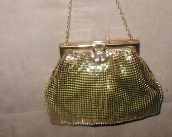 Vintage DURAMESH Gold Metal Mesh Purse with Rhinestone Clasp