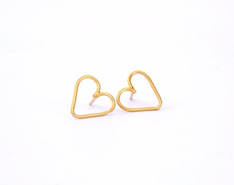 Heart earrings - Open heart earrings - Heart stud earring - Gold heart studs - Gold stud earrings