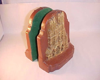 Rheims Cathedral Bookends Wood Composite