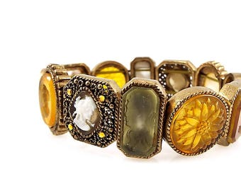 Vintage Glass Intaglio and Cameo Neider Stretch Bracelet